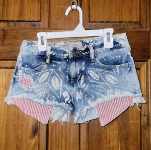 Free People Shorts Lt. Blue, White & Red Size 24